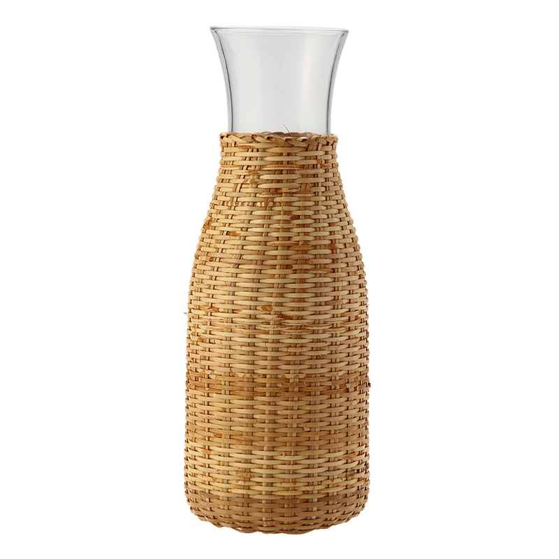 CARAFE WITH RATTAN COVER