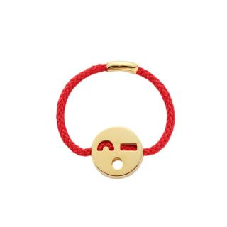 RUIFIER FRIENDS FLIRTY RING RED CORD 18CT GOLD CHARM