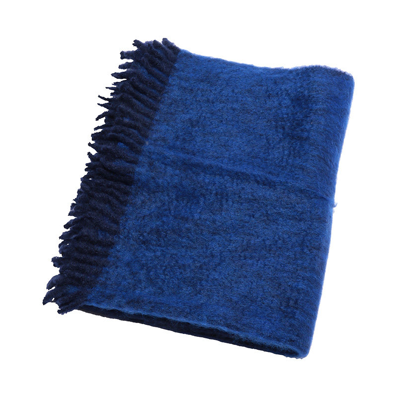 OMBRE MOHAIR THROW NAVY / COBALT