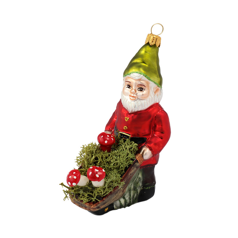 XMAS 16 GNOME WITH WHEELBARROW