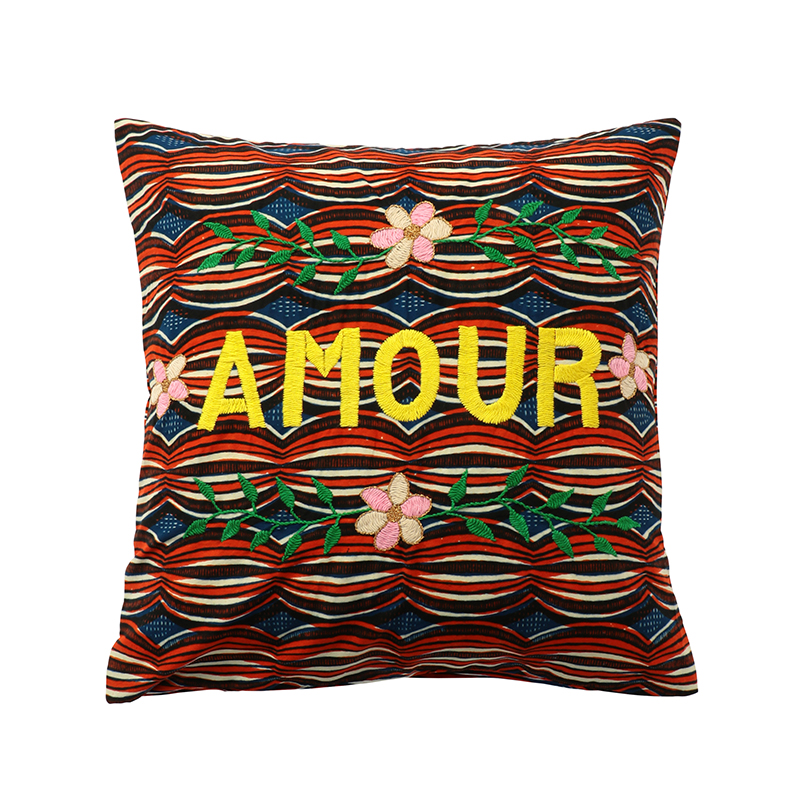 AFRICAN EMBROIDERED CC 45x45 AMOUR 01003