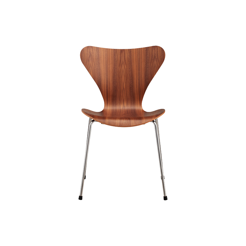 SERIES 7 CHAIR WALNUT