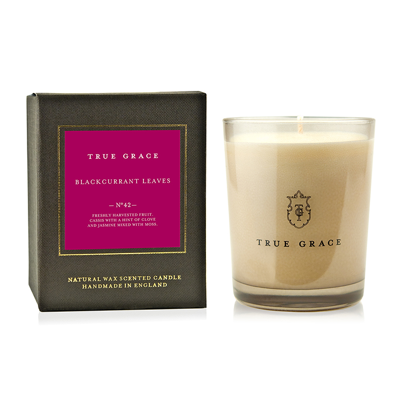 TRUE GRACE MANOR CLASSIC CANDLE BLACKCURRANT LEAVES