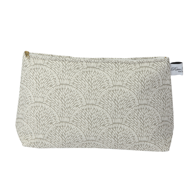 RAWXCLUSIVE SHELL TAUPE CLASSIC WASH BAG
