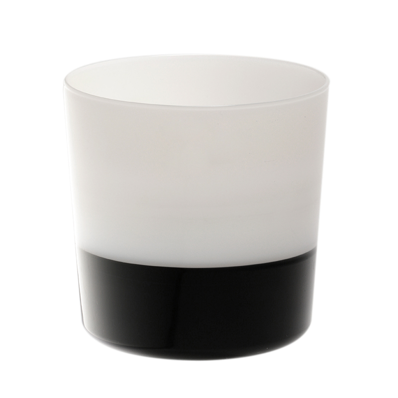 WATER GLASS BLACK BOTTOM/WHITE